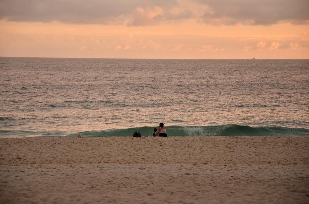 Plaża-o-zachodzie-słońca